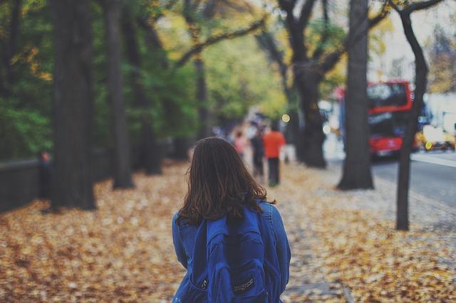 jaki model plecaka lub torby wybrać dla swojego dziecka?