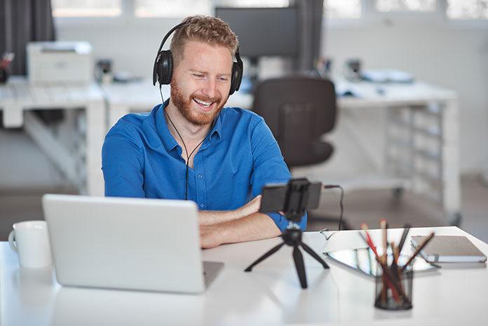 Czy warto zainwestować w szkolenia online